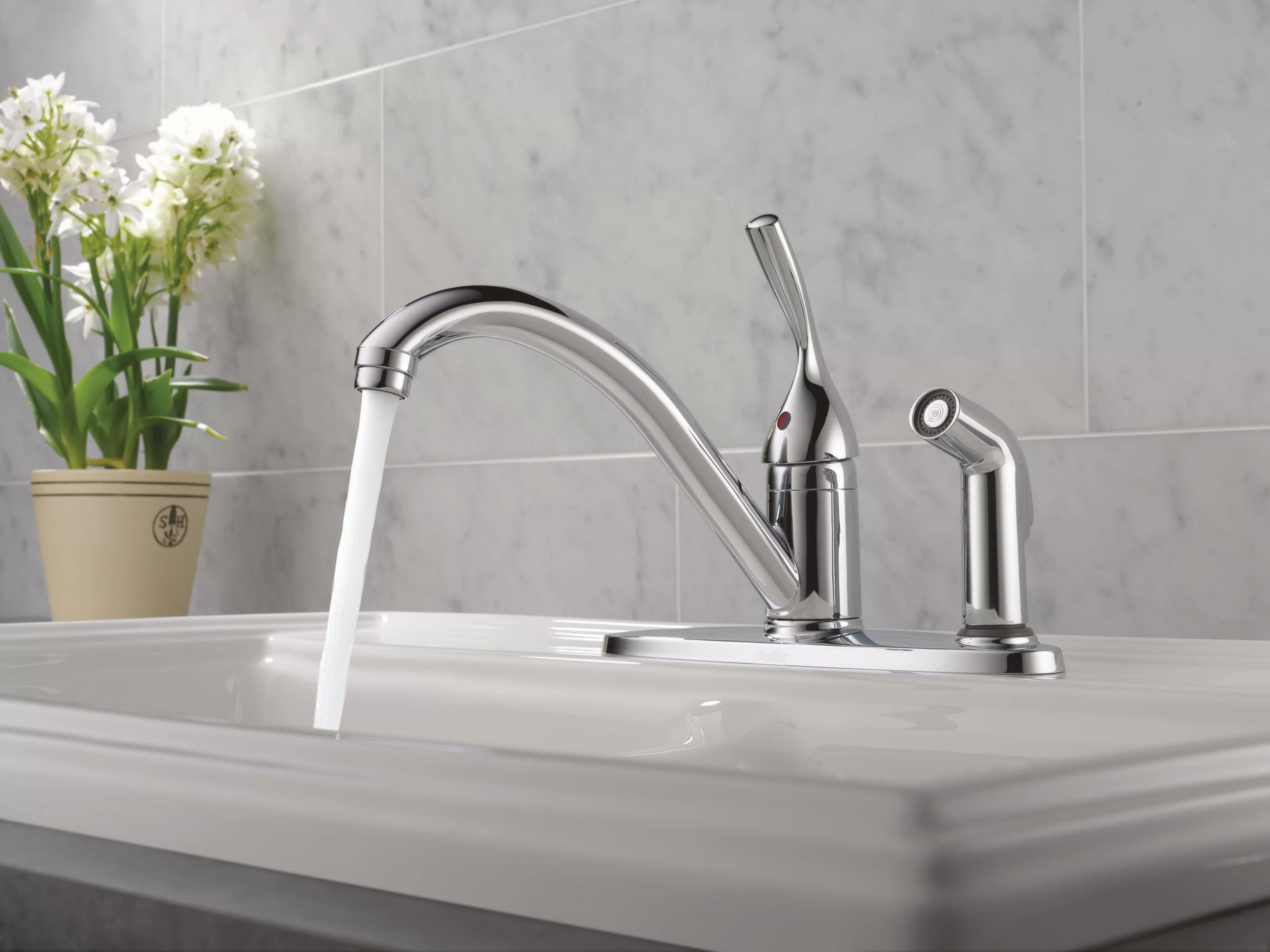 300 dst delta classic single handle standard kitchen faucet with side spray and diamond seal technology reviews wayfair
