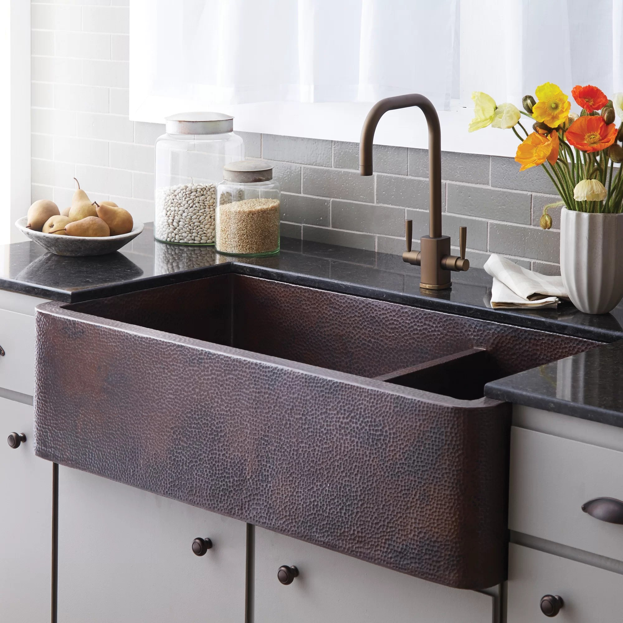 40 l x 22 w double basin farmhouse apron kitchen sink