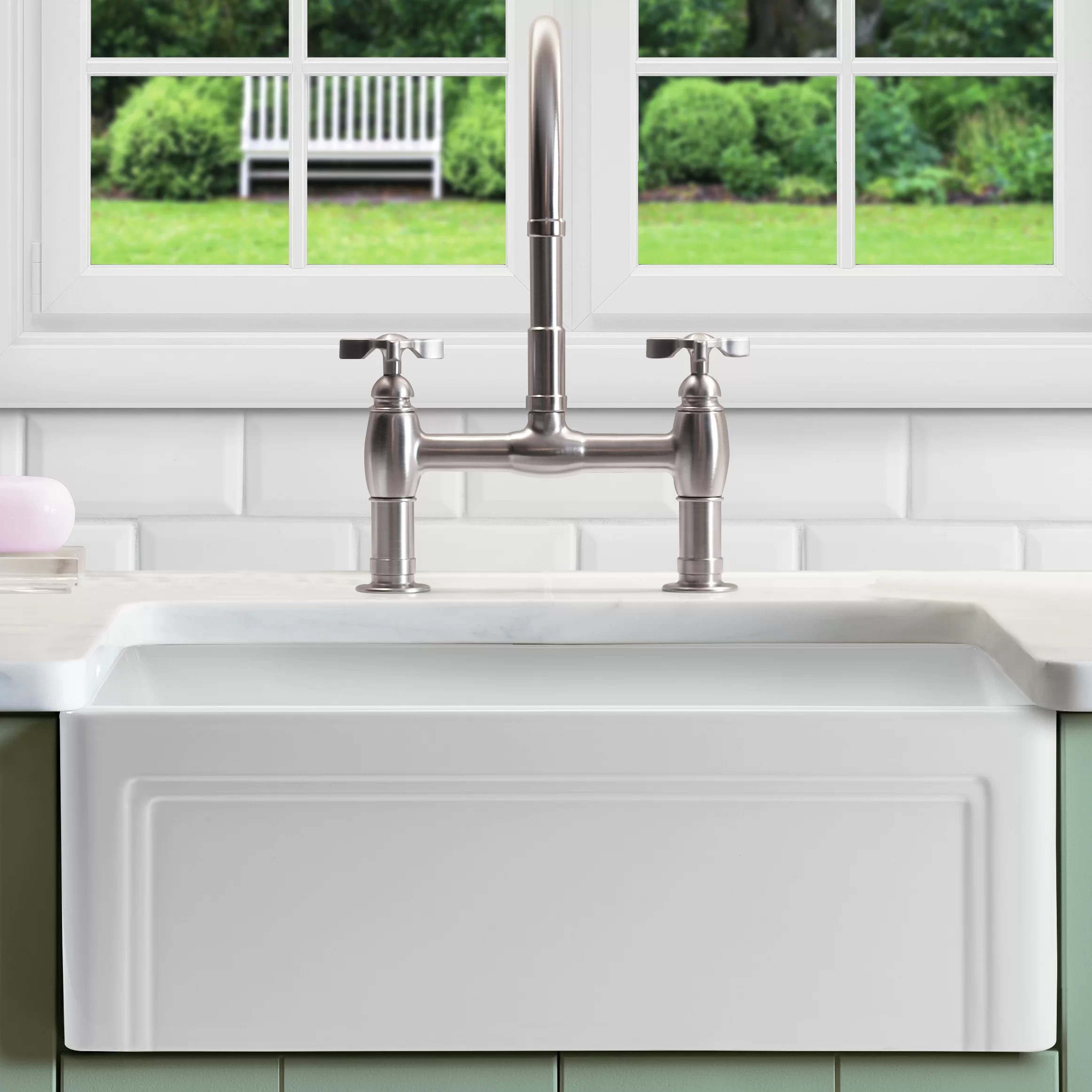 33 l x 18 w double basin farmhouse kitchen sink