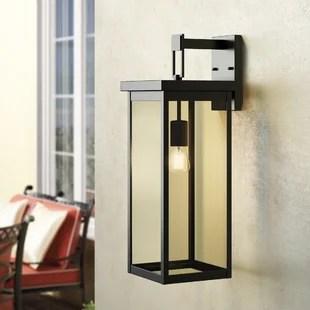 vera outdoor wall lantern