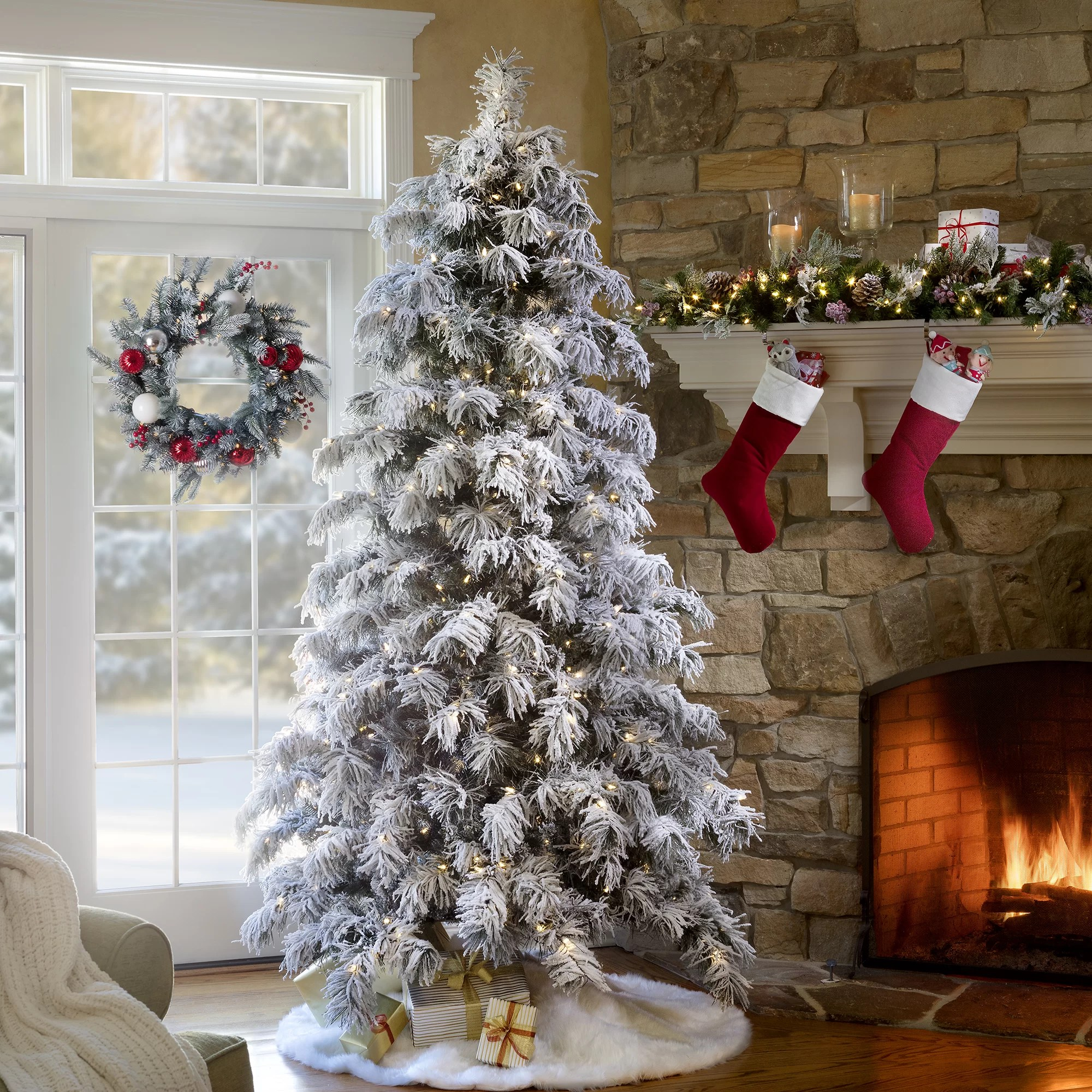 Haute Decor Snowy Pre Lit Berkshire 7 5 Flocked Spruce Artificial Christmas Tree 500 White Lights Reviews Wayfair
