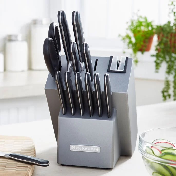 Farberware Block Knife Set With Red