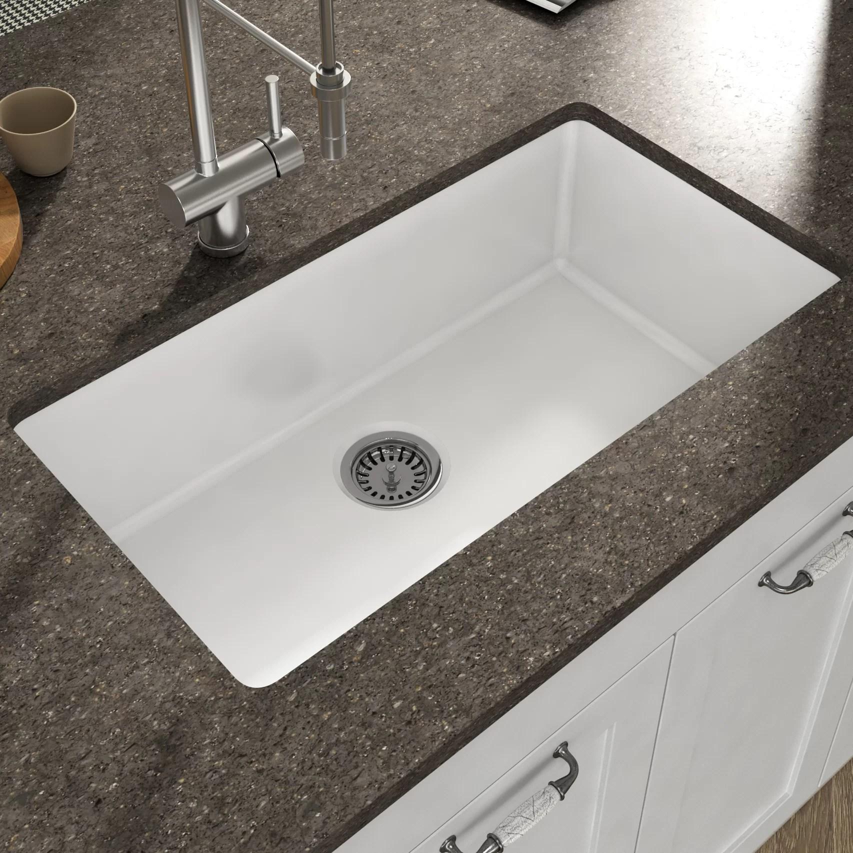 yorkshire 32 l x 18 w undermount kitchen sink with grid and strainer