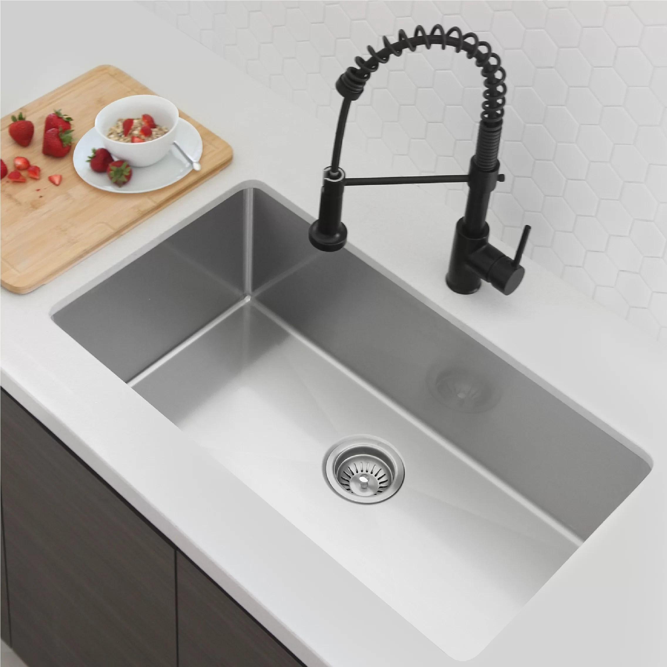31 l x 18 w single basin undermount kitchen sink with strainer