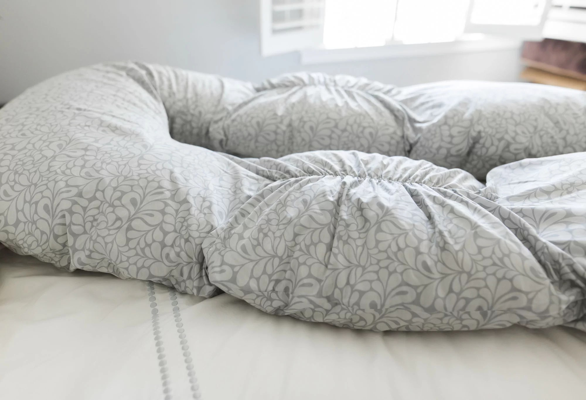 back n belly bunchie contoured body pillow