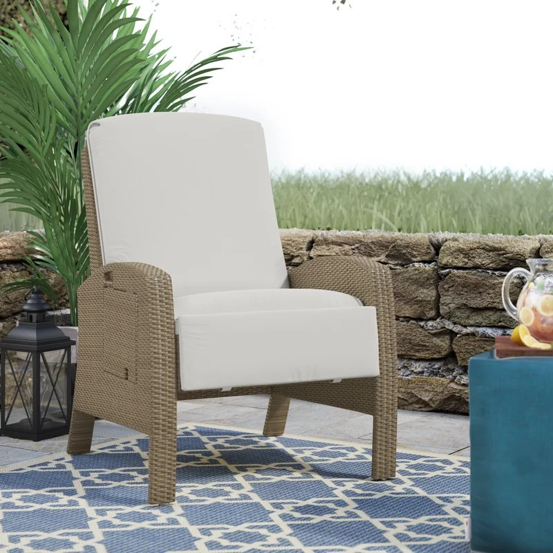 crestline patio chair with cushion