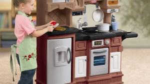 Little Tikes 18 Piece Gourmet Prep 'n Serve Kitchen Set