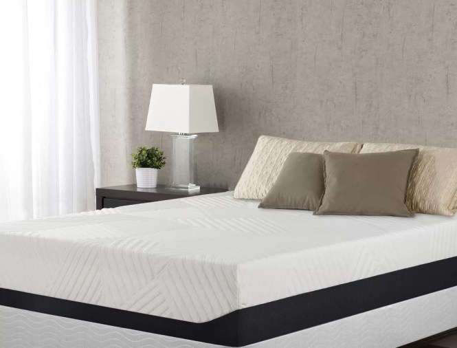 Gordon 13 Medium Memory Foam Mattress