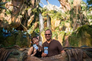 300 Disney Parks Blog Readers Sneak A Peek Inside Pandora - The World of Avatar
