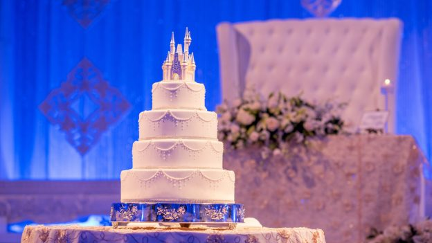 Disney Wedding Cakes for Your Happily Ever After   Disney Parks Blog Disney Wedding Cakes