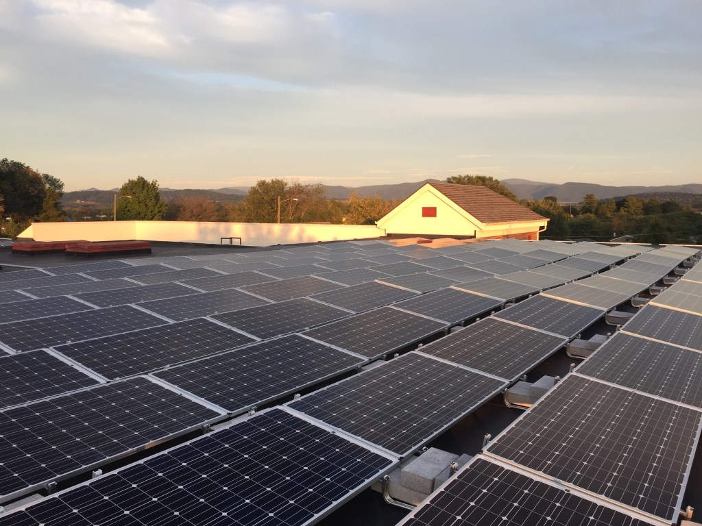 lylburn-downing-middle-school-100-kw