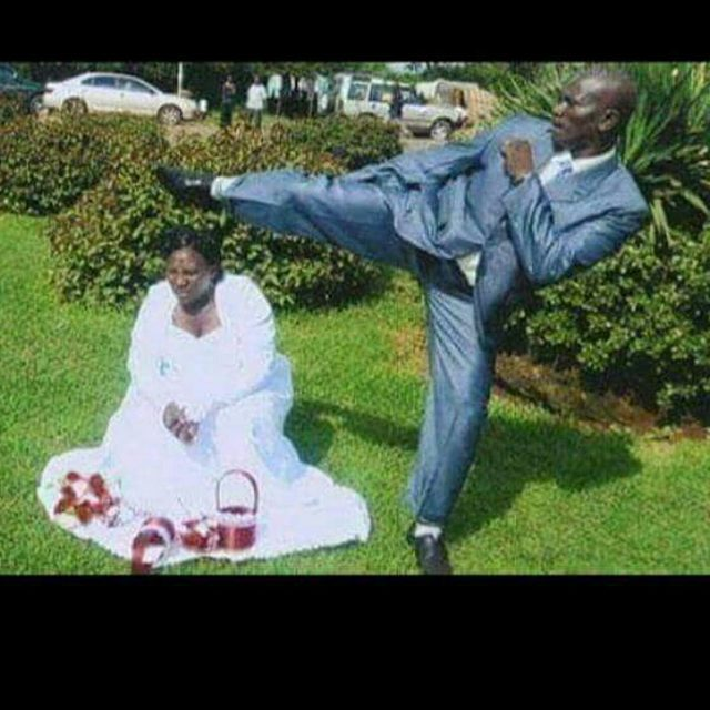 , (Photos) Hilarious Wedding Poses That Will Leave You Shaking Your Head