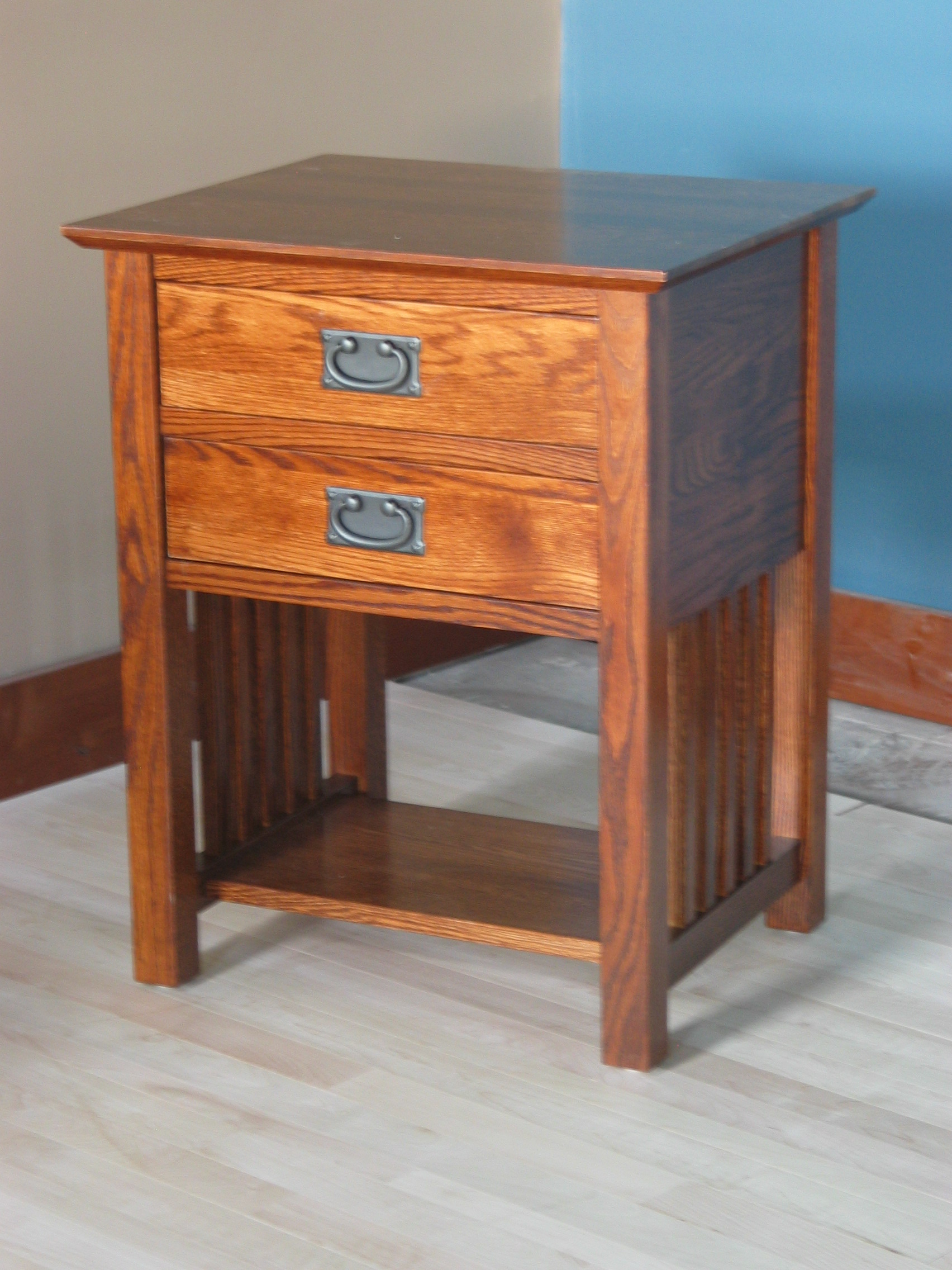 End Table W 2 Drawers