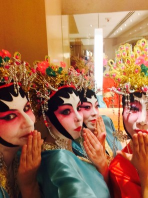 angela-carson-hong-kong-travel-blog-chinese-opera-costume-10
