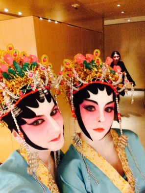 angela-carson-hong-kong-travel-blog-chinese-opera-costume-9