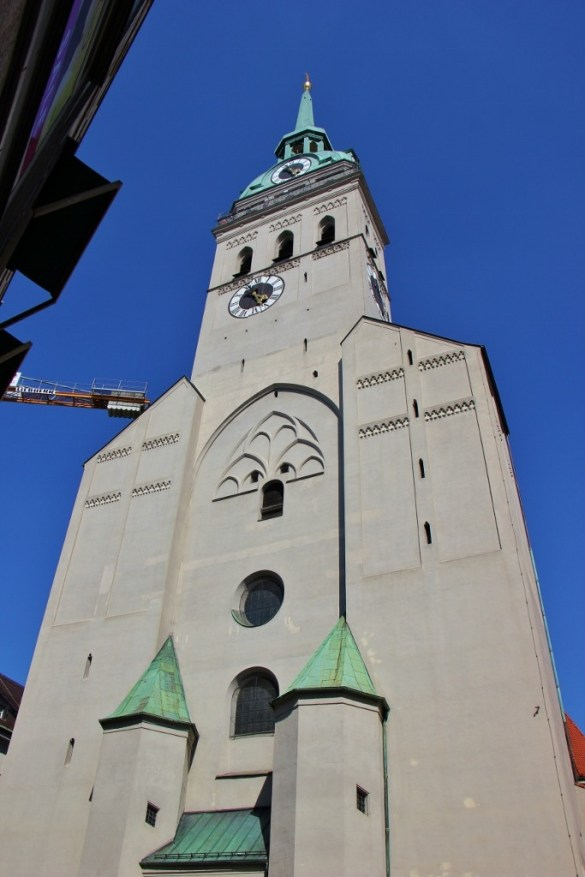 Sightseeing on a Layover in Munich Peterskirche St. Peter's Church JetSettingFools.com