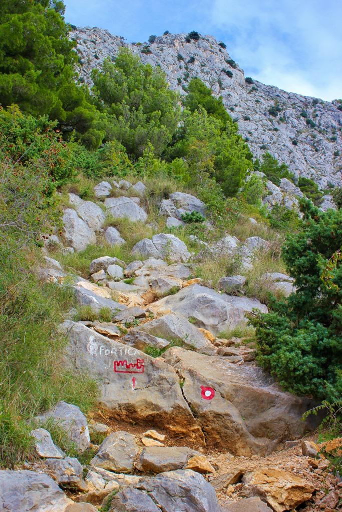 Incline trail to fortress, Omis, Croatia