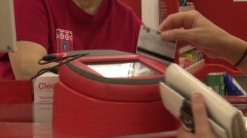 target hacking-credit-cards-magnetic-strip