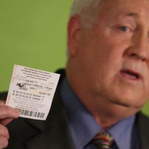 Lottery security director hacked random-number generator to rig lotteries