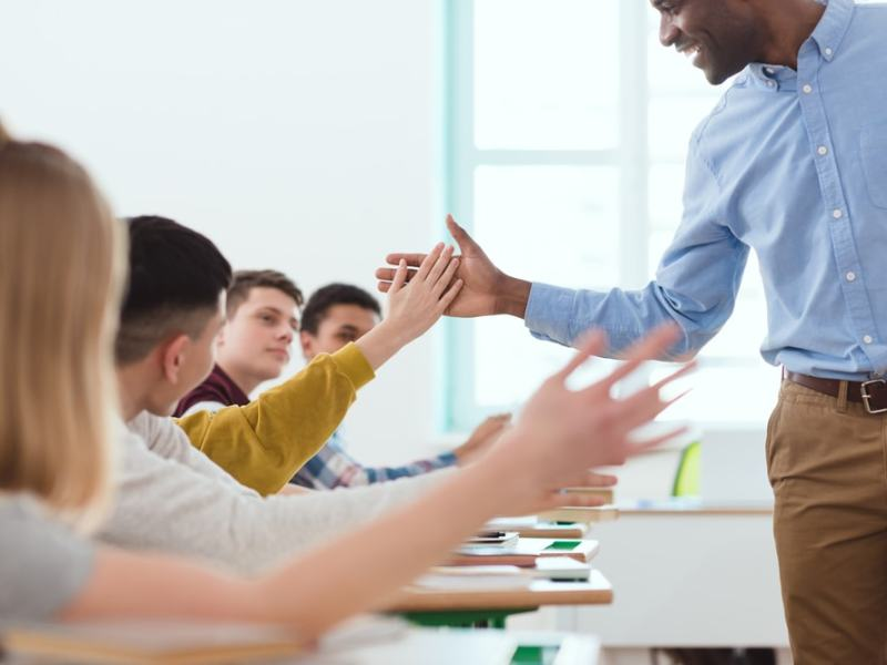 Como melhorar a comunicação escolar? Saiba mais!