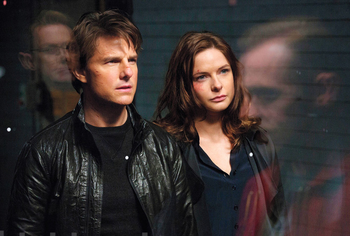 """Tom Cruise and Rebecca Ferguson in """"Mission: Impossible - Fallout"""""""