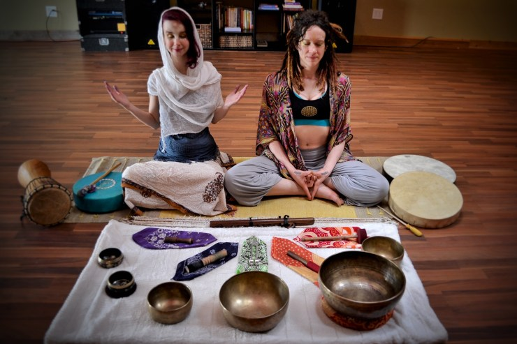 Wind Song Jai Lynn Dallas Sound Tapestry Healing Meditation Workshop Song Share Concert Sound Healing Meditation Yoga Singing Bowls Flutes Shamanic Drumming Sound Healing Meditation
