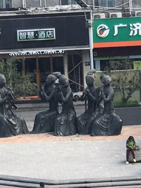 Quintet-Sculptures_Lhasa_2019-10-16-