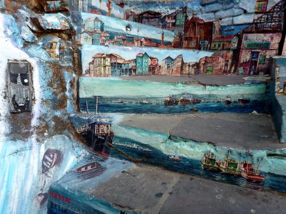 valparaiso street art tours