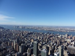 How many buildings? Empire State Building, New York 2016