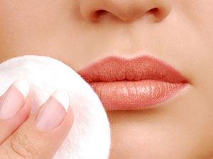 Do you suffer from painful mouth corners? You miss vitamins