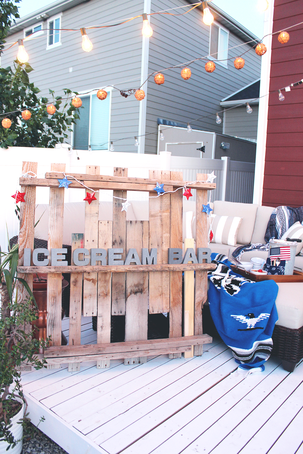 summer in style outdoor edition 4th of july ice cream bar