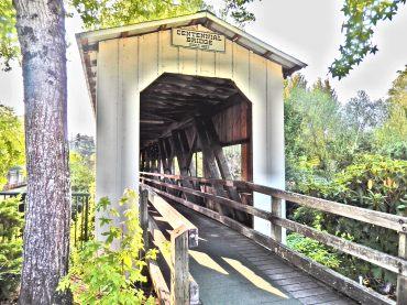 Covered bridge-Oregon