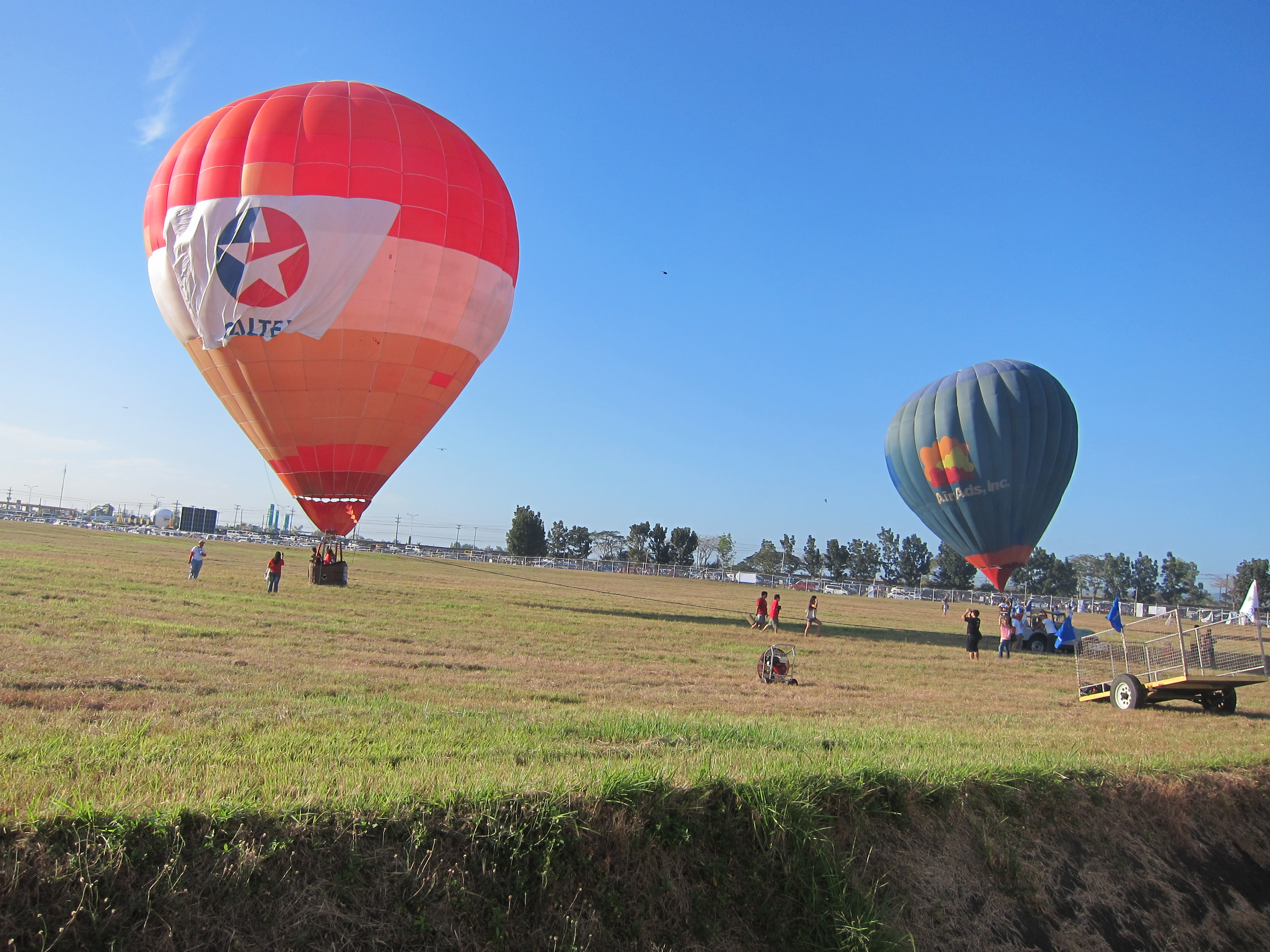 99 Hot Air Balloons Kites And All Things That Fly