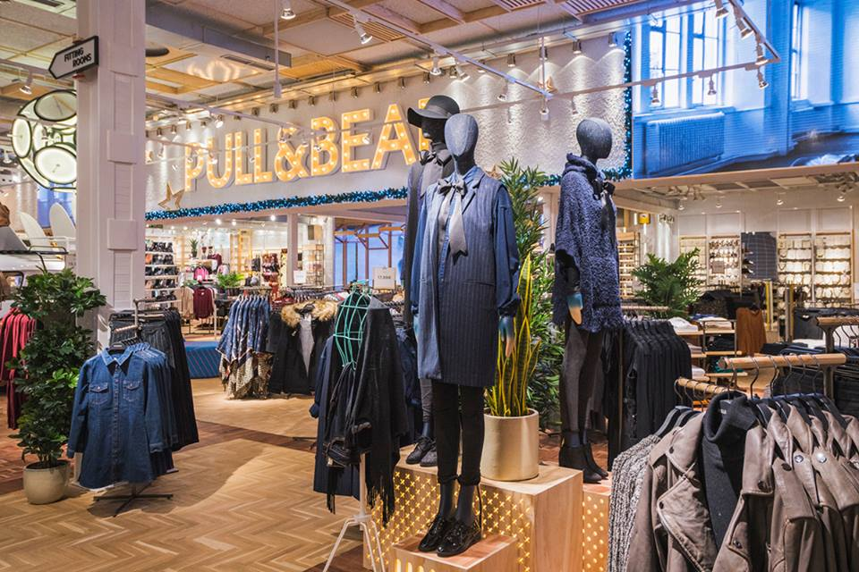 Shopping in Madrid 3 - Pull and Bear