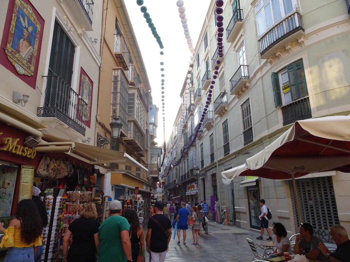 There areplenty of shopping opportunities in malaga