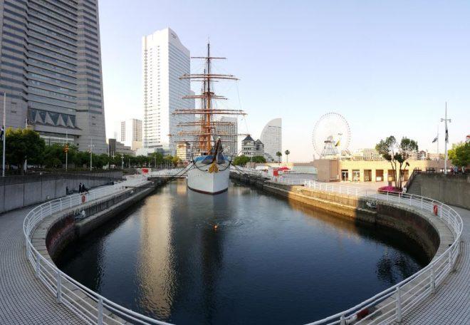 yokohama boat and ferris wheel