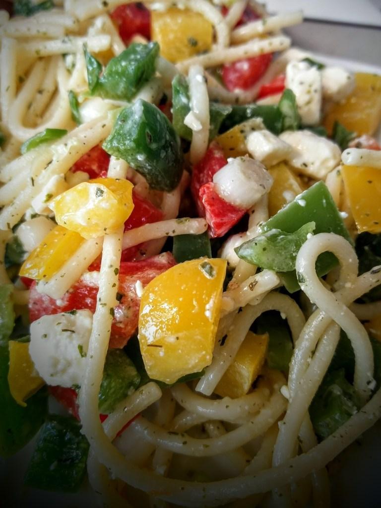 Spaghetti-Salat mit Feta