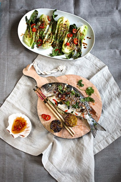 Asian spiced sea bream with coconut rice and bok choi in sesame dipping sauce | seelenschmeichelei.blogspot.com