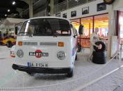 10 - Martini-Bus
