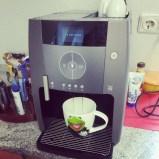 Have a break, have a huuuuge coffee. #wachmacher #coffeebreak #kermit #arbeit #cafecreme #Pmdd16 #pmdd