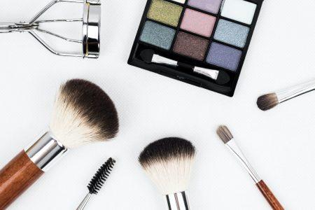 black make up paletter by Kinkate