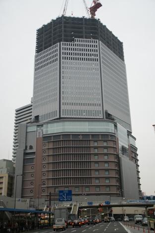 阪急下から.jpg
