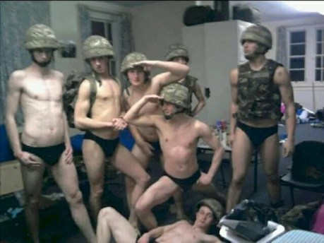 sucking my miitary gay boyfriend milking military cock till last drop