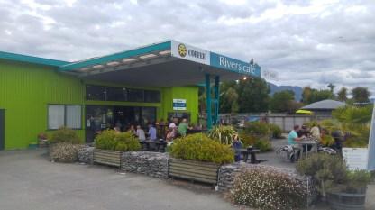 Das River's Cafe in Murchinson