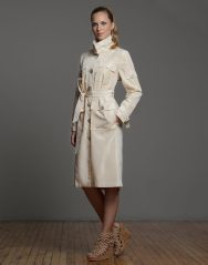 Hunter Coat: Silk taffeta rainwear single-breasted multi-pocket coat.