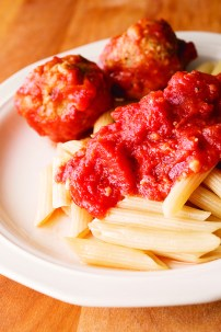 Rigatoni or Penne Rigate with Meatballs and Marinara Sauce