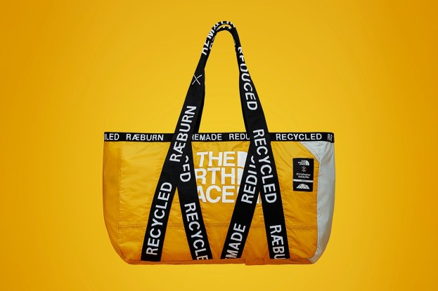 https___hypebeast.com_image_2019_03_the-north-face-christopher-raeburn-recycled-bag-collection-2