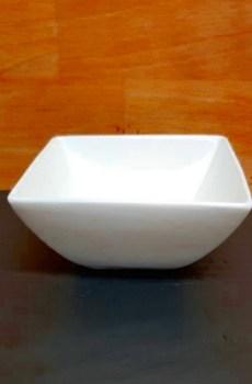 Assiette creuse carrée de 10 cm