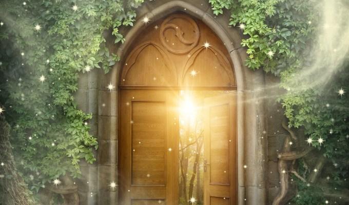 2020【聖燭限定】逢凶化吉,厄運不臨:精靈之門*強化版 Door to Fairyland – Plus