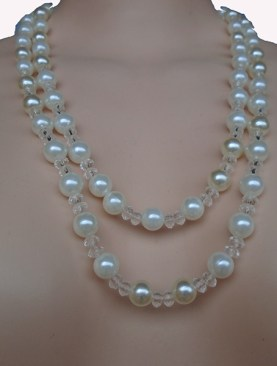 Women's classy double layer ivory beaded necklaces.